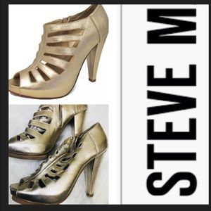 Steve Madden merriee Gold leather  bootie
